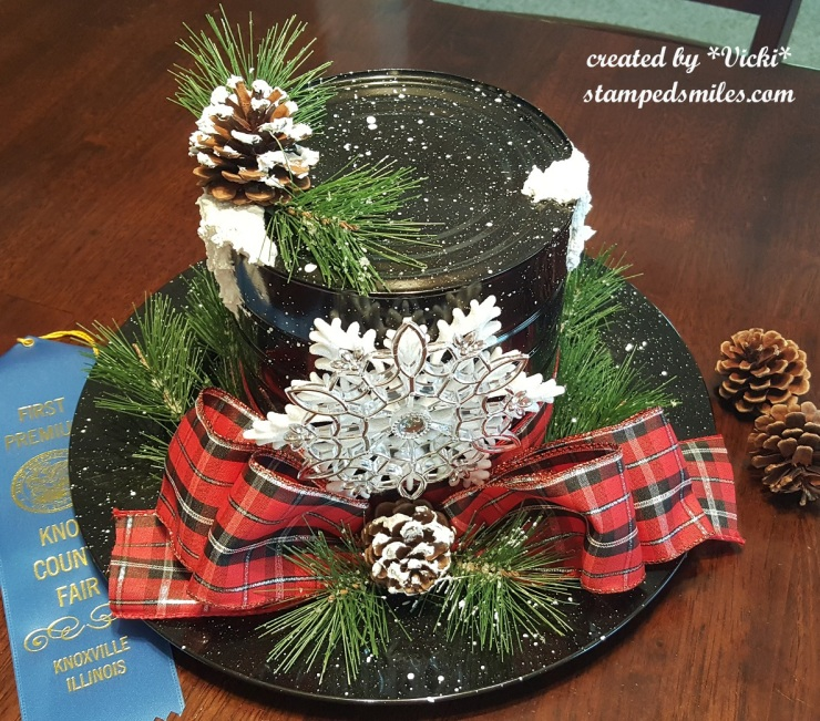 Vicki-Christmas Center Piece-Snowman Hat