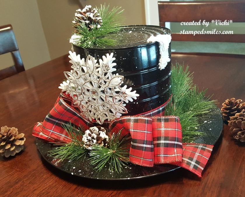 Vicki-Christmas Centerpiece-Snowman hat1