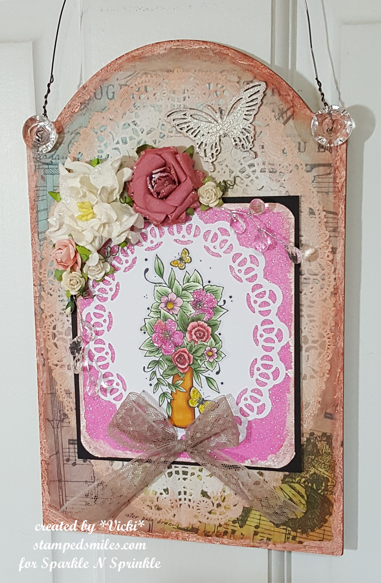 vicki-vaseofflowers-wallhanging-project3